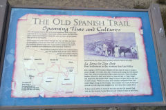 Historical sign between New Mexico and Colorado, USA