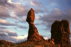 Balanced Rock at Arches national Park, Utah, USA