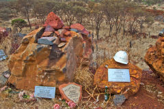 Monuments for died mining worker near Tom Price, Western Australia