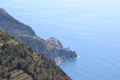 Hiking from Vernazza to Corniglia in Cinque Terre Italy